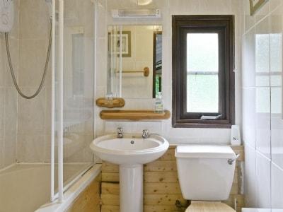 Bathroom | Blea Tarn, Loughrigg, nr. Ambleside