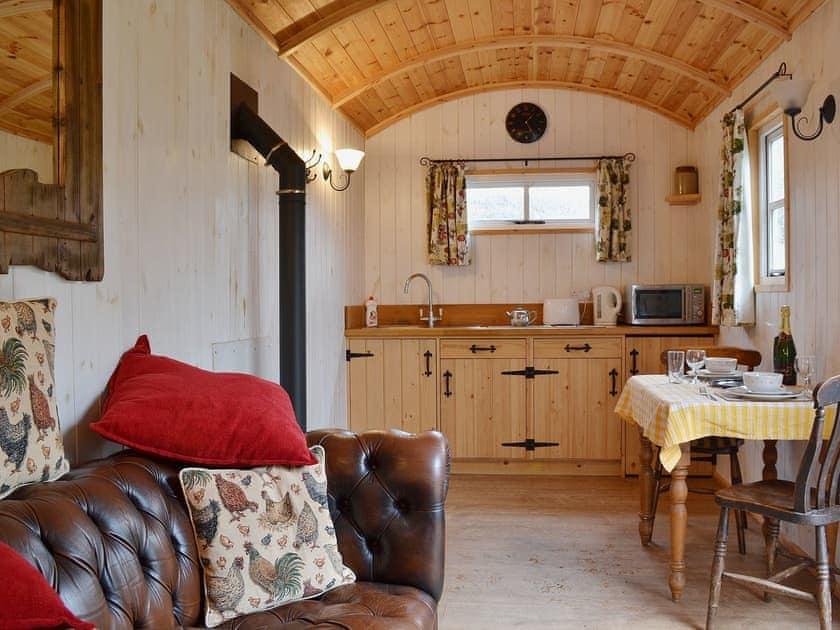 Morrells Wood Farm - Shepherds Retreat