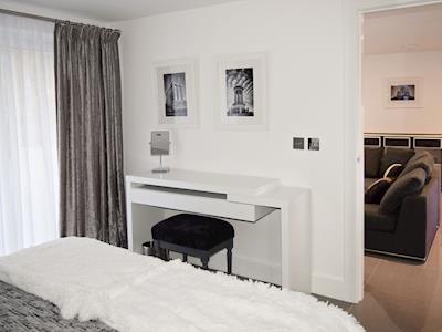 Double bedroom | Links Lodge, Longniddry, nr. Edinburgh