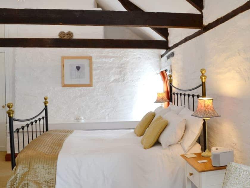 Double bedroom | Yet Farm Cottage, Cenarth