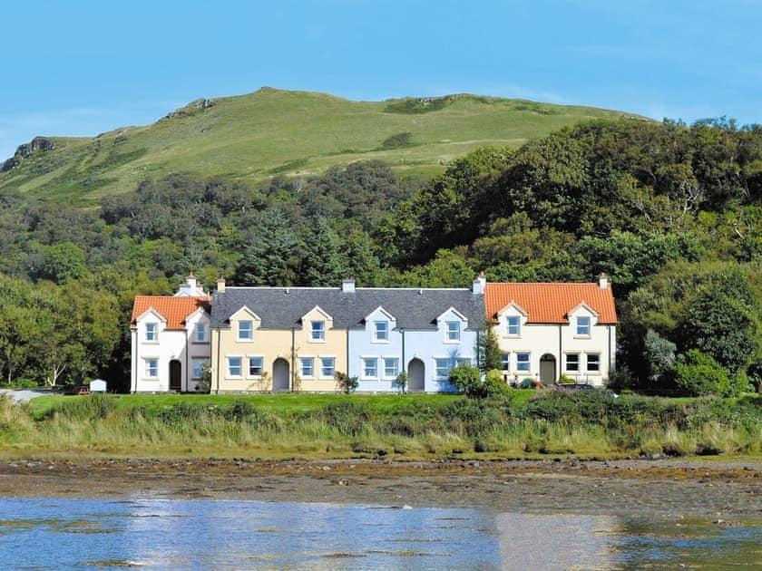 Craobh Marina Cottages - Luing
