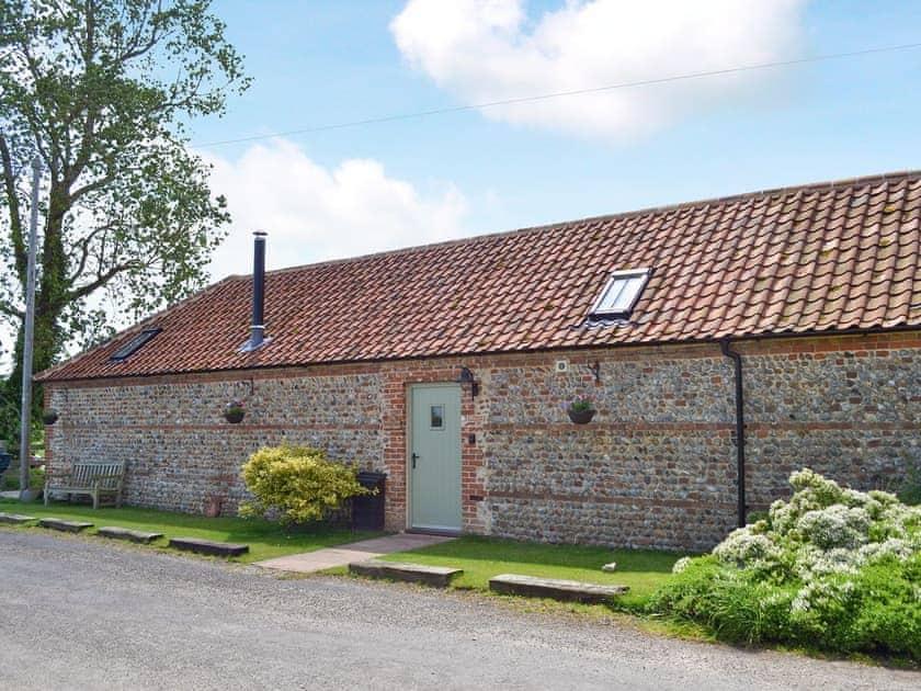 Manor Farm Barns - Fox's Den