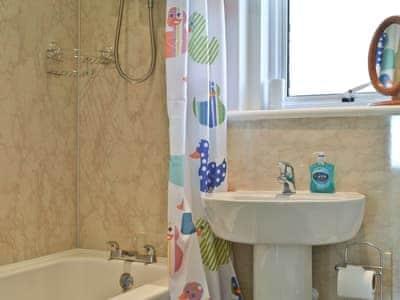 Bathroom | Linne Ruidh, Ardvasar, nr. Sleat, Isle of Skye