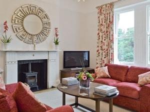 Clarence House - Carisbrooke Apartment