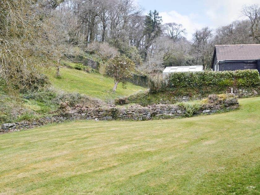 Garden | Rosecraddoc Manor - Gamekeepers, Liskeard