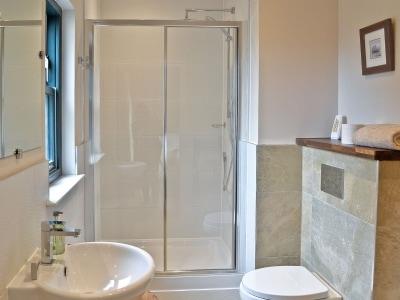 Shower room | Strathspey, Linlithgow near Edinburgh