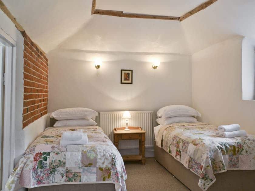 Twin bedroom   Rose Farm Barn, Cratfield, nr. Laxfield