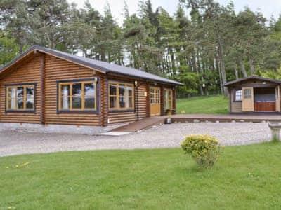 Exterior | Ashknowe Log Cabin, Glenfarg