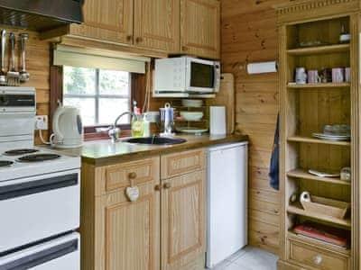 Kitchen/diner | Potter Tarn - Neaum Crag, Skelwith Bridge