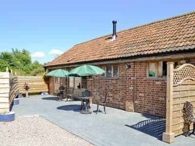 Milton End Farm Barns - The Parlour