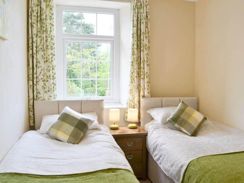 Twin bedroom   Allium, Tynely near Beadnell