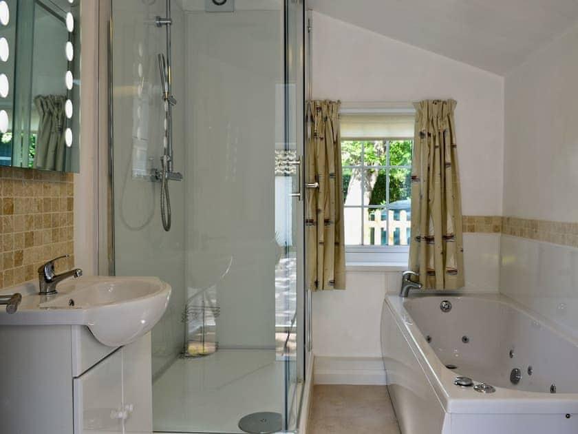 Bathroom | The Nook, Goulceby, nr. Louth