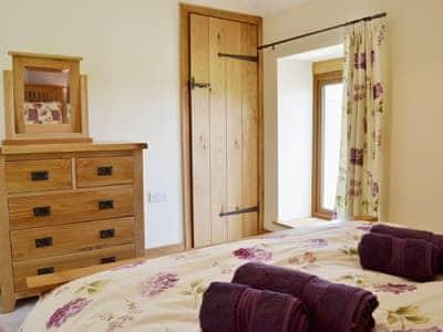 Double bedroom | Gorsddu, near Llanwrthwl, Powys