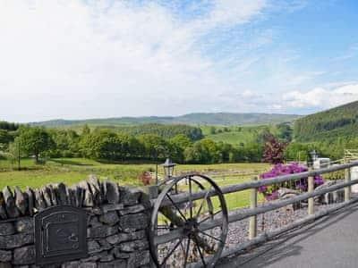 View | Grofftau Cottages - Awel Y Mynydd, Pontrhydfendigaid, nr. Tregaron