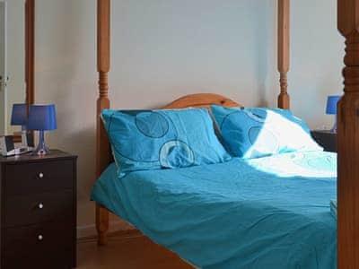 Four Poster bedroom   Clova, Portree, Isle of Skye