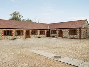 Pond Farm Barn