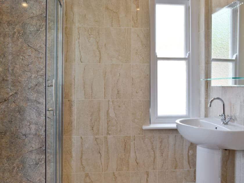 Bathroom   Cliff Railway Apartment, Aberystwyth