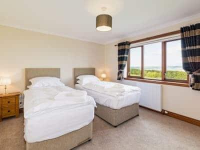 Twin bedroom | Cottfield House, Stranraer