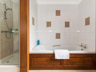 Bathroom | Cottfield House, Stranraer