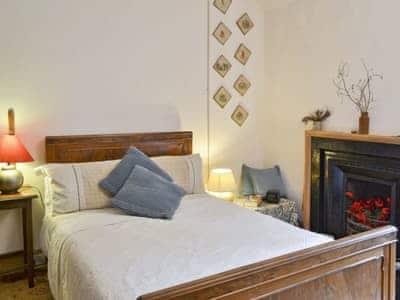 Double bedroom | Crosswoodhill Wing, Near West Calder, Edinburgh