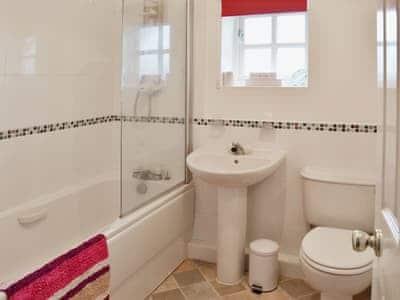 Bathroom | Beach Walk, Scarborough