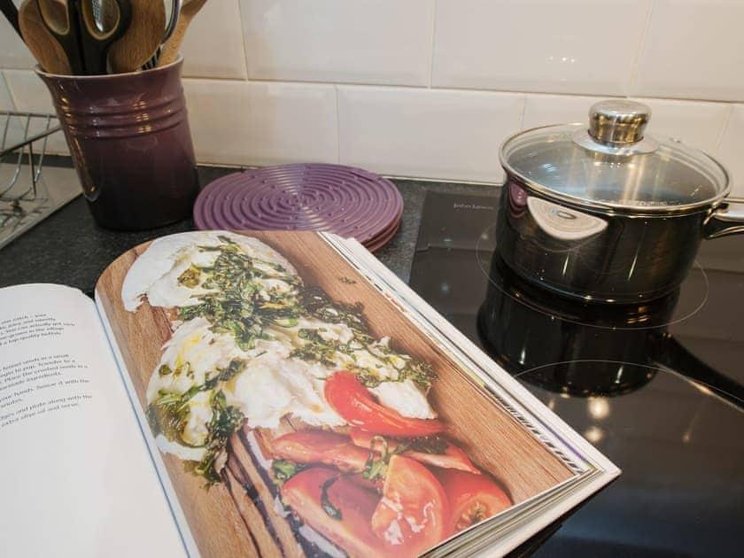 Kitchen/diner | The Granary, Ellastone, nr. Ashbourne