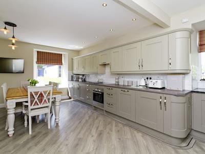 Well-appointed kitchen | Creebank, Newton Stewart