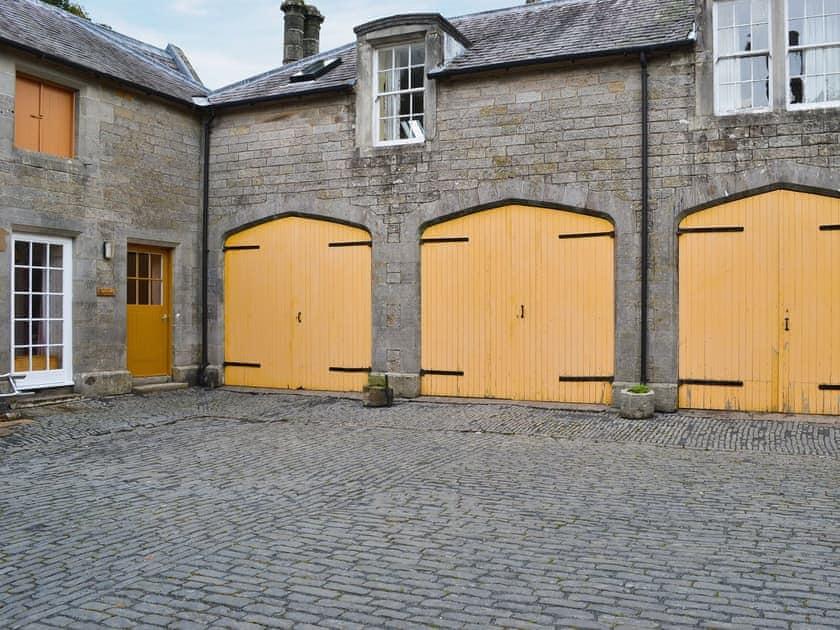 Exterior | Blairquhan Castle Estate - McIntyre Cottage, Straiton, nr. Maybole