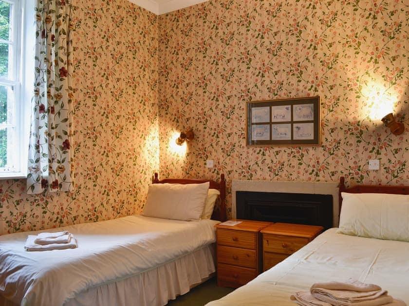 Twin bedroom | Blairquhan Castle Estate - McIntyre Cottage, Straiton, nr. Maybole