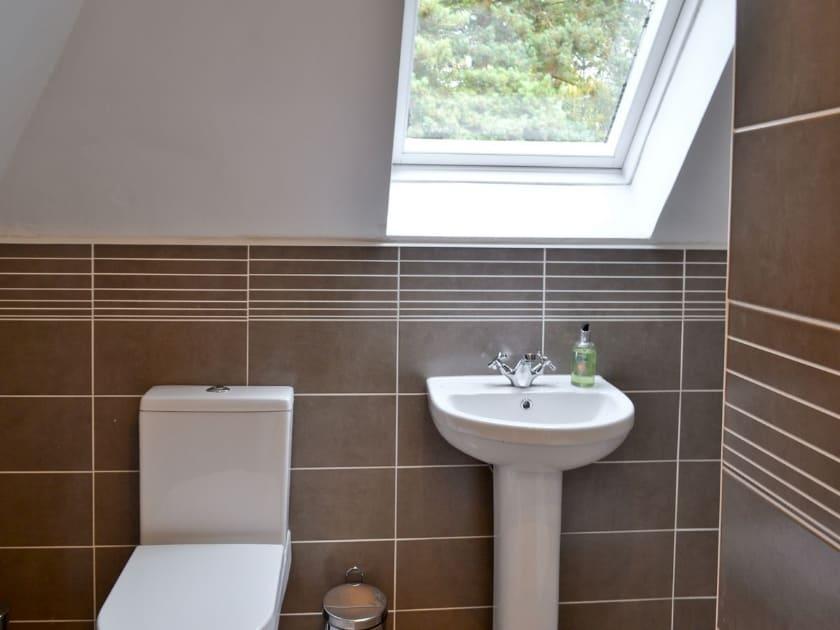 Bathroom | Lambley Lodge, Lowdham