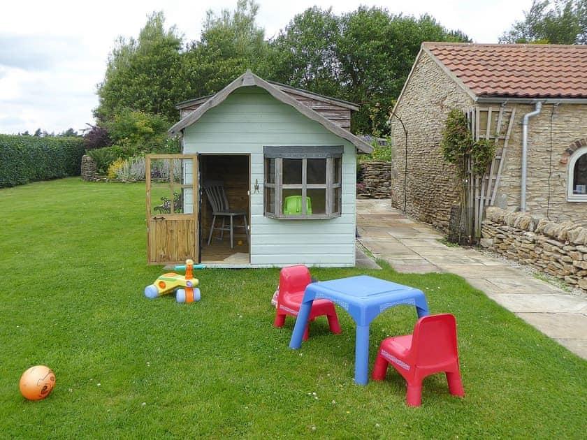 Garden   Amber Cottage - Basin Howe Farm, Sawdon near Scarborough
