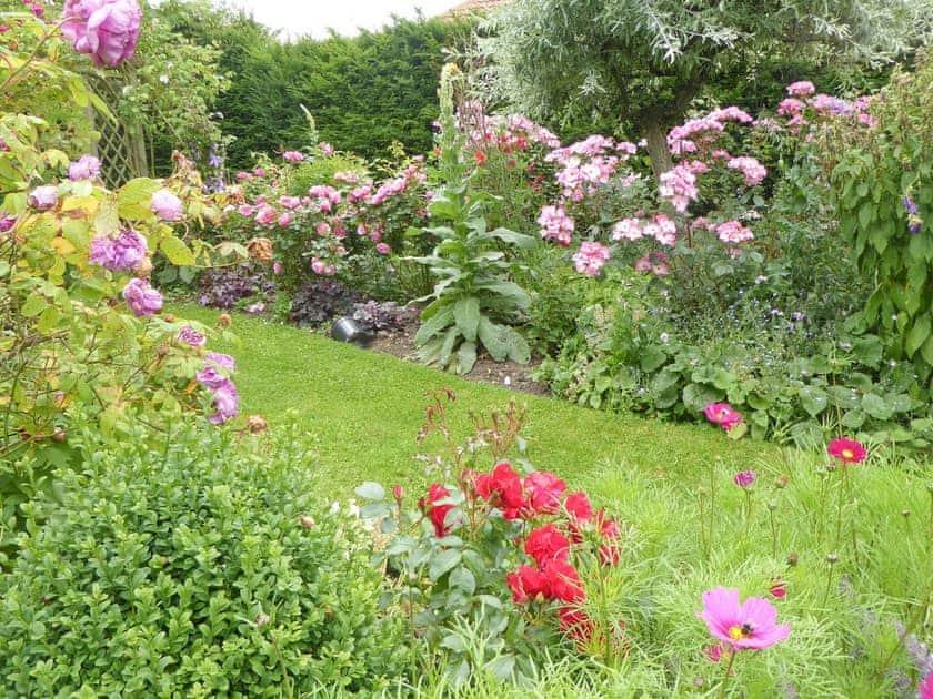 Garden | Opal Cottage - Basin Howe Farm, Sawdon near Scarborough