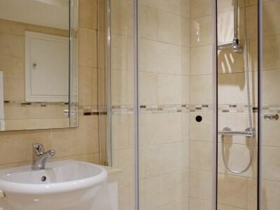 Shower room | Ingledew Cottage, Richmond