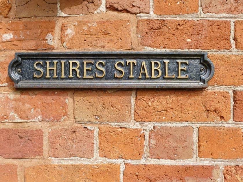 Offley Grove Farm - Shires Stable