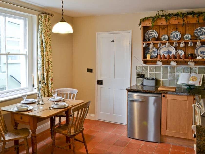 Kitchen diner with range cooker & belfast sink | Pippin Cottage, Holt