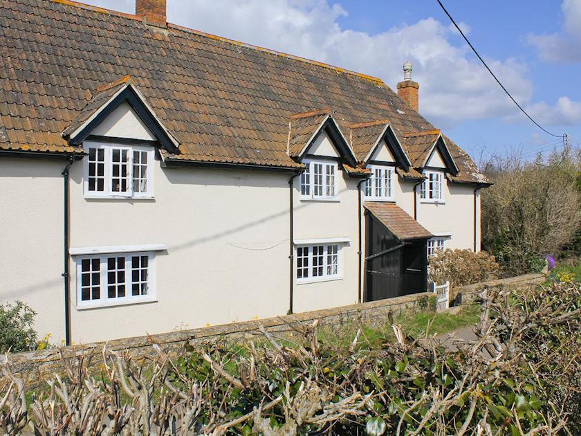 Charming 250 year old farmhouse in South Somerset | Dairy House Farm, Bickenhall, near Taunton