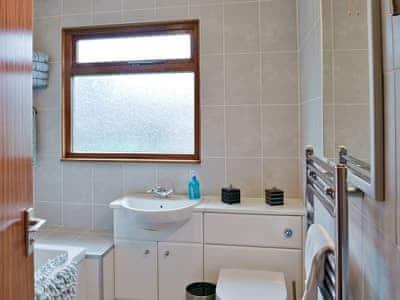 Family bathroom | Stonecrop, Sandyhills near Dalbeattie