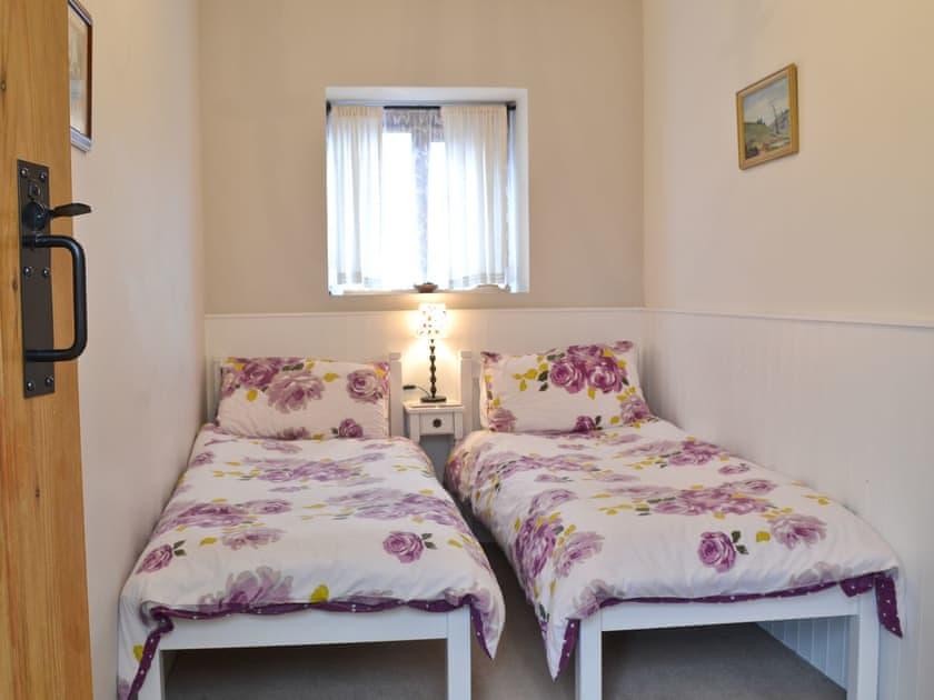 Twin bedroom   Panteg Cottage, Nebo, near Aberaeron