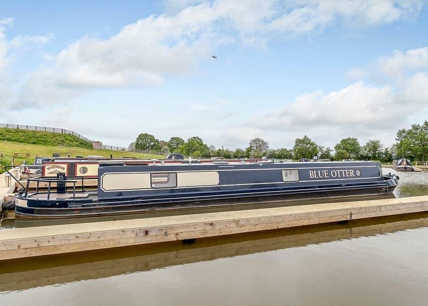 Blue Otter Boats Wootton Wawen