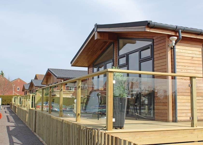 Devizes Marina Lodges