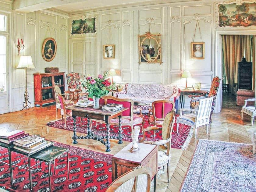 Living area | Château de Villers, Allonne