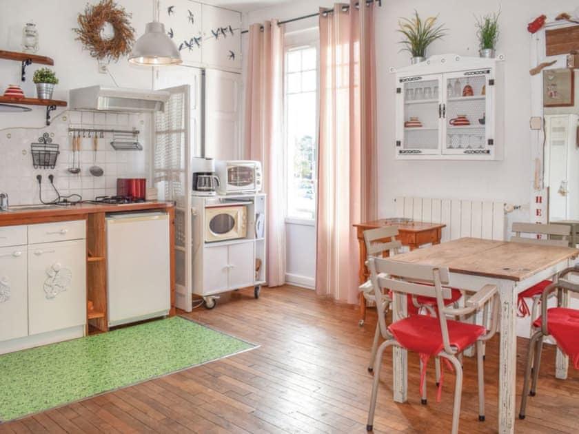 Kitchen | Binic, Binic