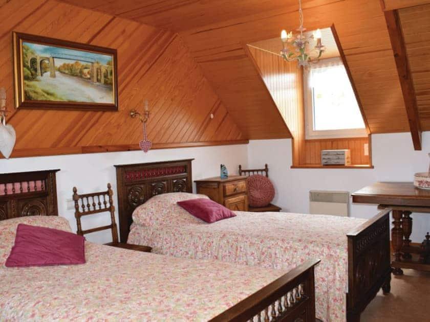 Bedroom | Quemper-Guézennec, Quemper-Guézennec