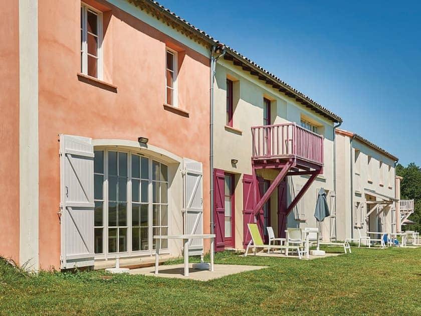 Résidence L'Oustal Del Carlat - Maison du Lac 3