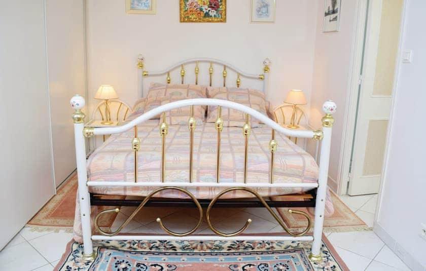 Bedroom | Hocquigny, Hocquigny