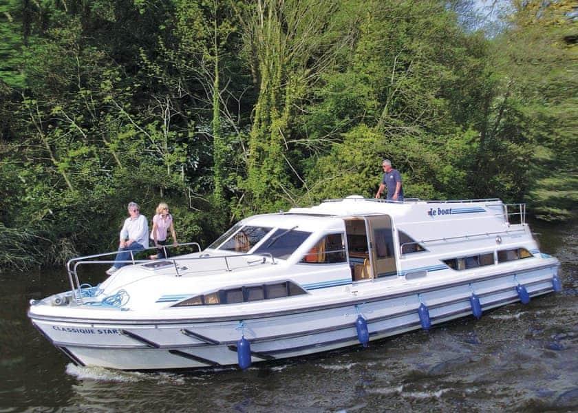 Le Boat Chertsey