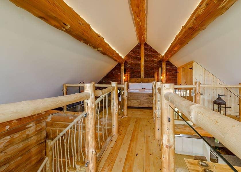 Swinney Wood Log Cabins