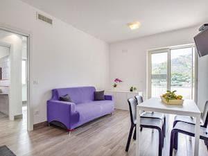 Appartamenti Bordo Mare - Villa Lugre 1
