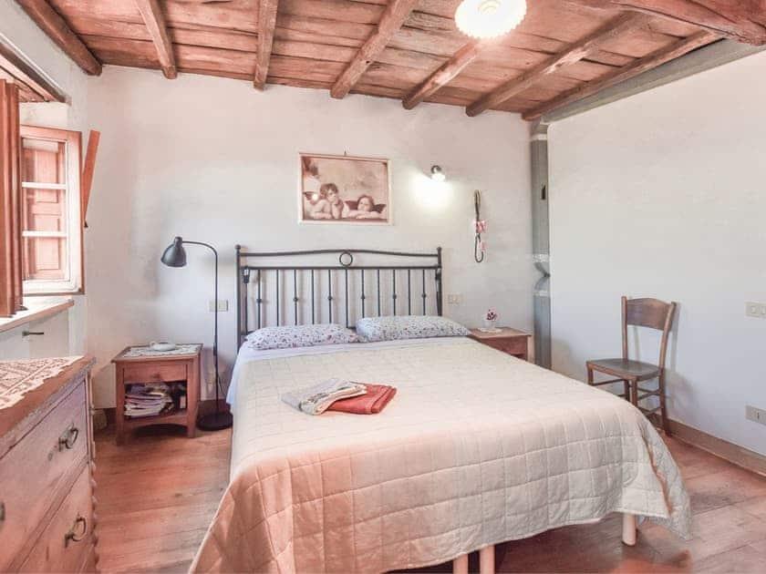 Bedroom | Tra Monti e Mare, Metato